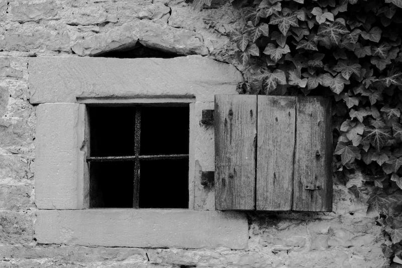 Fenster mit Laden