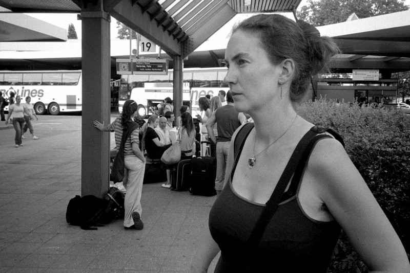 Abfahrt nach Amsterdam, Berlin Busbahnhof / leaving for Amsterdam, Berlin, central bus station, 25. Juni 2006