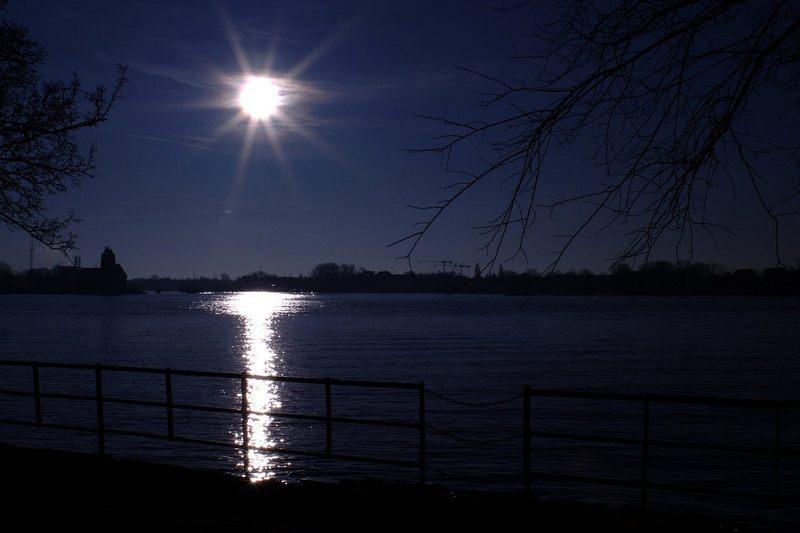 Stern über Elbe