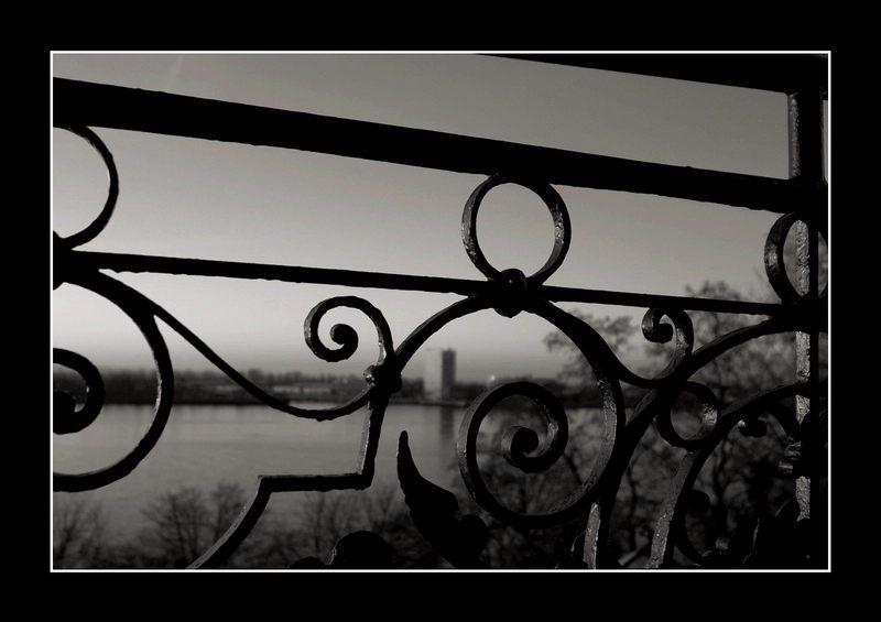 Hotelbalkonblick am Morgen