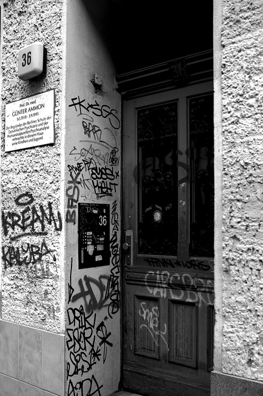 Eingang II - Grosse Hamburger Str. 36