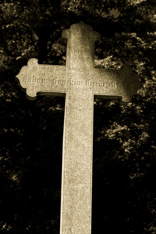 Grabstein an der wittenauer Kirche