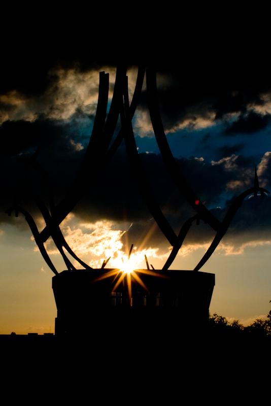 Sonnenuntergang an der Beusselbrücke